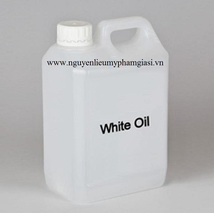 01102018_175137_9210_white-oil-gia-si-1.jpg
