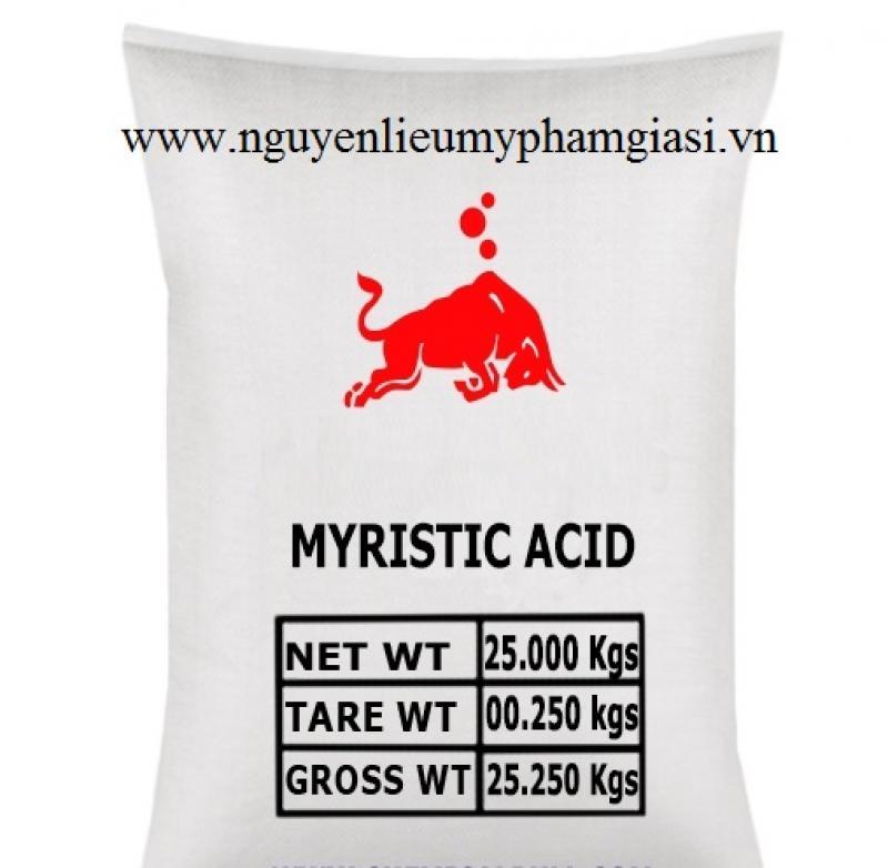 Myristic acid – Cung cấp nguyên liệu sản xuất kem, son môi, serum, phấn trang điểm giá sỉ
