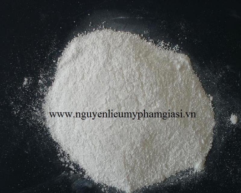 sodium-benzoate-gia-si-2-1538127427.jpg