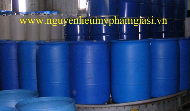 Tetracexyldecyl ascorbate – Cung cấp Tetracexyldecyl ascorbate giá sỉ cho sản xuất mỹ phẩm